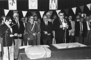 Unterzeichnung der Partnerschaftsurkunden am 16. Juni 1973 in Pouzauges